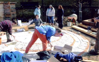 Landscape & Arts Network members design and help create new community garden.