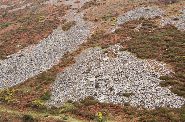 scree at Heddons mouth
